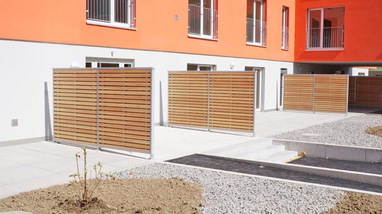sichtschutzw nde balkontrennw nde terrassenabtrennungen robert braun raumsysteme. Black Bedroom Furniture Sets. Home Design Ideas